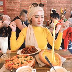 US Pizza Malaysia Fans Fatin S