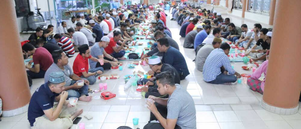 US Pizza Malaysia CSR Masjid Bayan Lepas Attendees