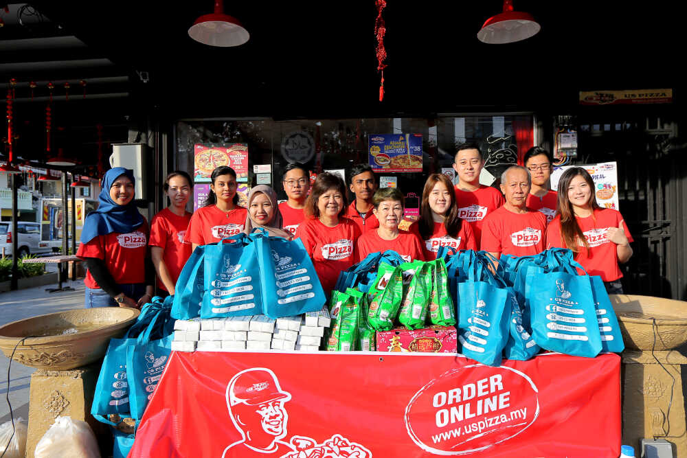 US Pizza Malaysia CSR Team Chinese New Year 2019