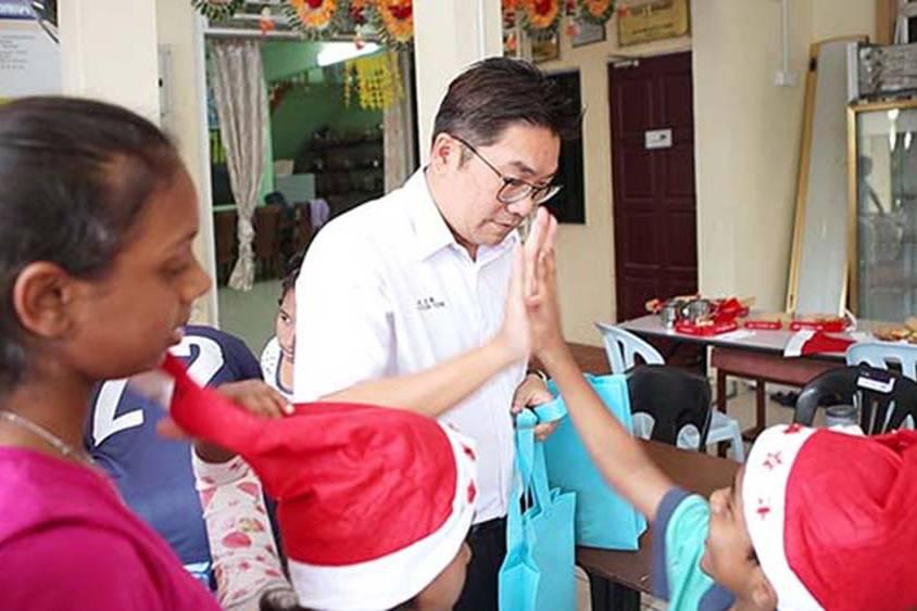 Us Pizza Malaysia CSR Christmas Contribution Tanjung Tokong Penang